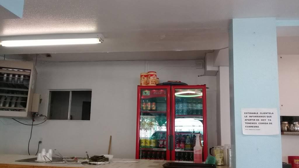 Gorditas El Atoron - restaurant  | Photo 8 of 10 | Address: Calle Niños Héroes, Av Reforma 1407, El Barreal, 32040 Cd Juárez, Chih., Mexico | Phone: 656 375 0476