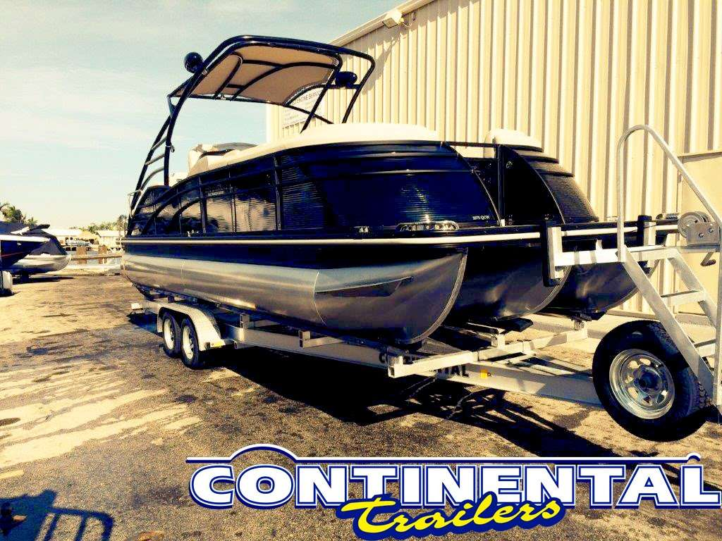 Continental Trailers - store    Photo 8 of 10   Address: 9200 NW 58th St, Doral, FL 33178, USA   Phone: (305) 594-1022