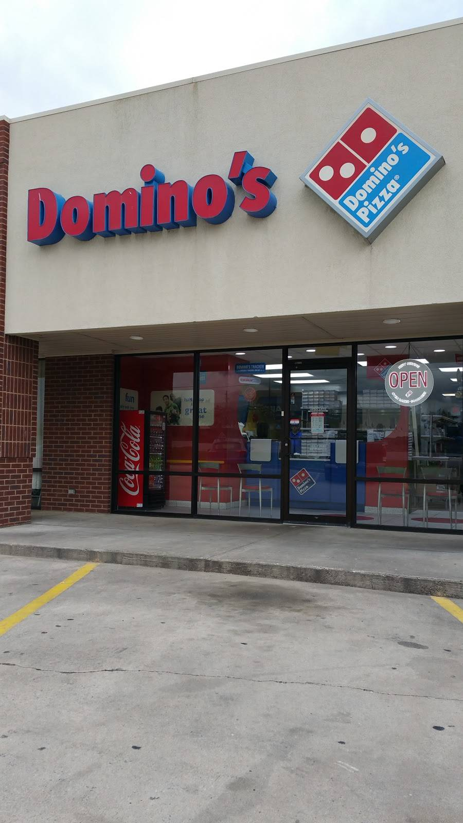 Dominos Pizza - meal delivery  | Photo 2 of 10 | Address: 1710 Decatur Hwy Ste 1, Fultondale, AL 35068, USA | Phone: (205) 841-3700