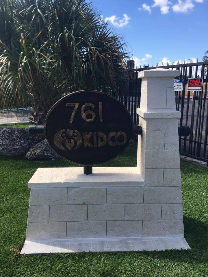 Keystone Creative Designs Inc - cemetery  | Photo 10 of 10 | Address: 2741 W 3rd Ct, Hialeah, FL 33010, USA | Phone: (305) 885-4217