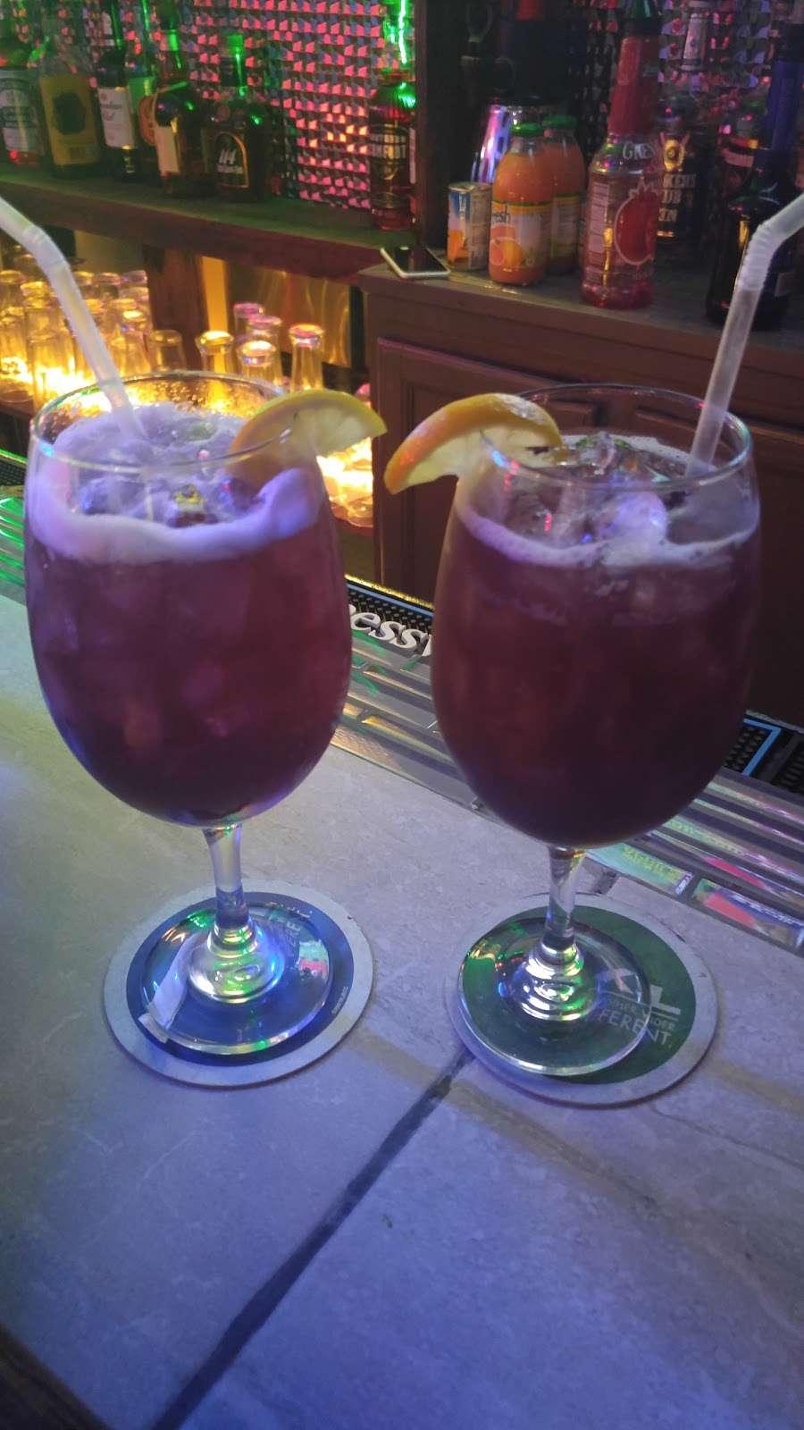 Lou & Choo Lounge - night club  | Photo 2 of 10 | Address: 2101 W Hunting Park Ave, Philadelphia, PA 19140, USA | Phone: (215) 228-7281