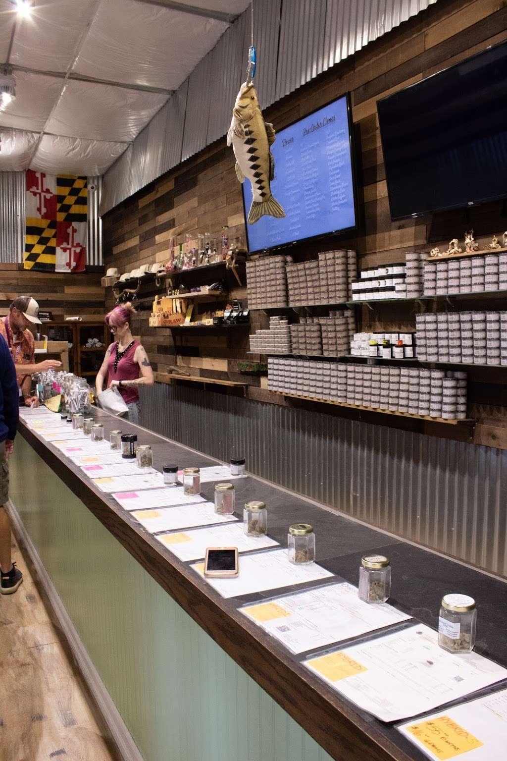 Rio Vista Farms - store  | Photo 4 of 10 | Address: 11 Richard Brann Drive, Rio Vista, CA 94571, USA | Phone: (833) 424-4283