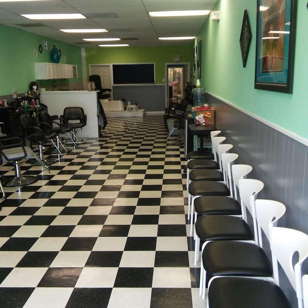 Hair Season Hair Salon and barber - hair care    Photo 1 of 10   Address: 6331 S Kings Hwy A, Alexandria, VA 22306, USA   Phone: (703) 768-6865