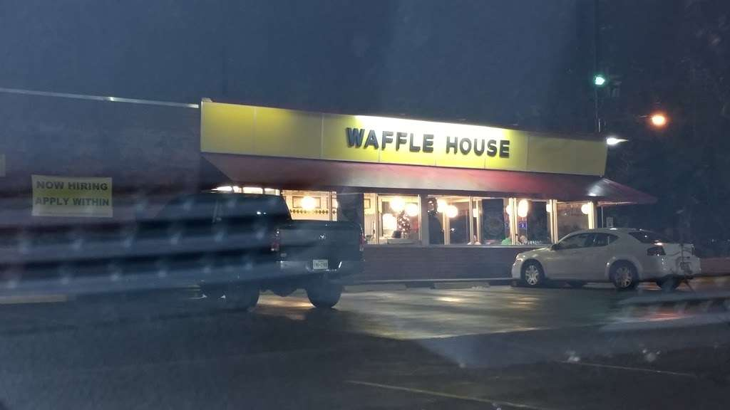 Waffle House - meal takeaway    Photo 5 of 10   Address: 1116 League Line Rd, Conroe, TX 77303, USA   Phone: (936) 890-0555