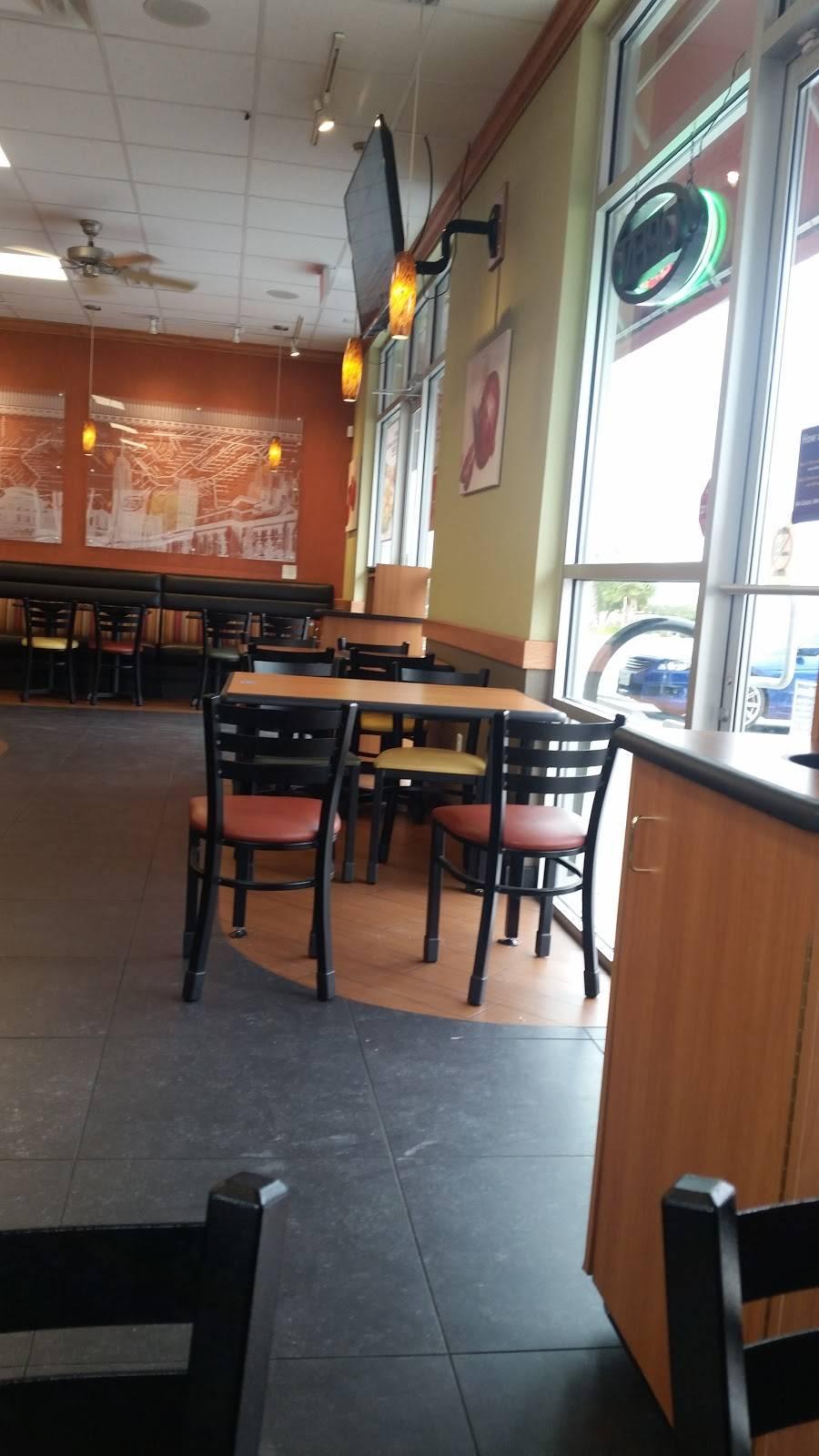 Subway - meal takeaway  | Photo 6 of 7 | Address: 6351, 402 S Desert Blvd Building D Suite 401, El Paso, TX 79932, USA | Phone: (915) 307-6135