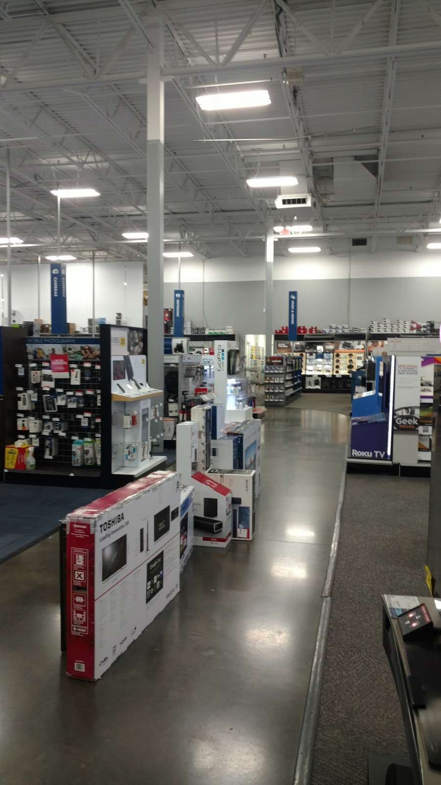 Best Buy - electronics store  | Photo 4 of 10 | Address: 3849 S Delsea Dr, Vineland, NJ 08360, USA | Phone: (856) 765-1880