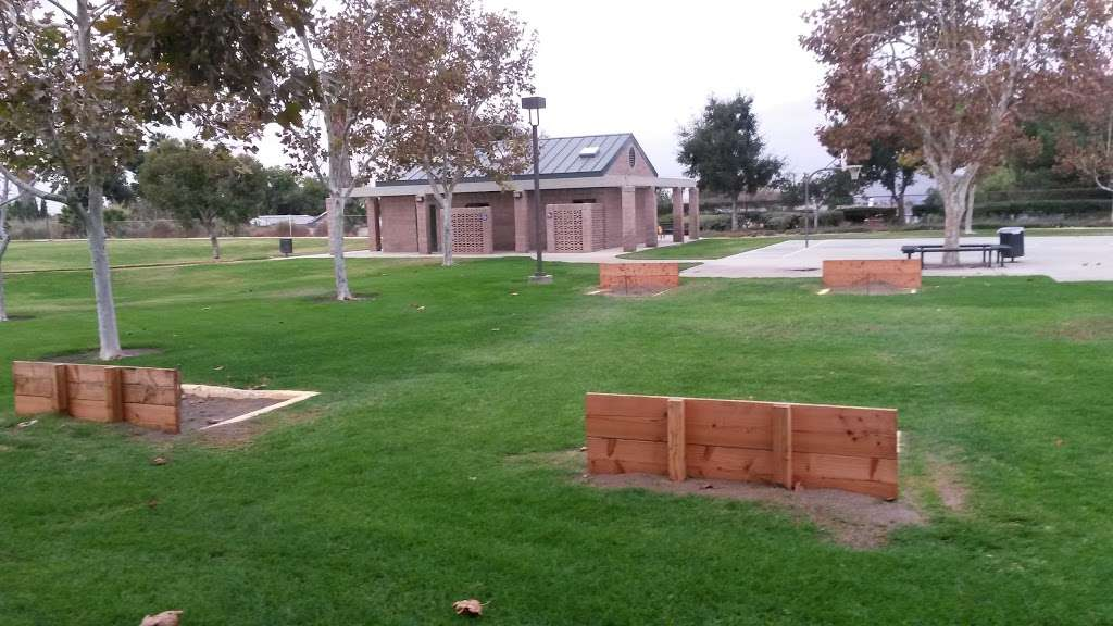 Highgrove Community Park - park  | Photo 6 of 10 | Address: 459 Center St, Riverside, CA 92507, USA | Phone: (800) 234-7275
