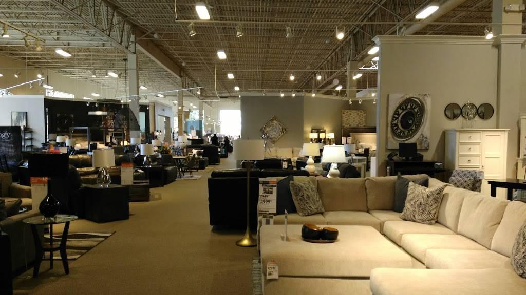 Ashley HomeStore - furniture store  | Photo 2 of 8 | Address: 2615 Vildibill Dr, Brandon, FL 33510, USA | Phone: (813) 654-5955