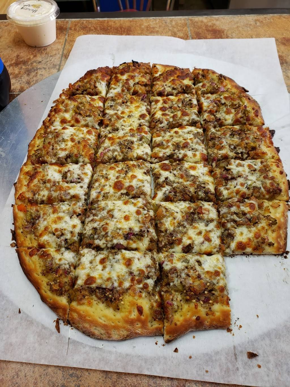 Royal pizza & more - restaurant  | Photo 5 of 10 | Address: 899 Grand Marais Rd E unit 3, Windsor, ON N8X 3H9, Canada | Phone: (519) 915-1358