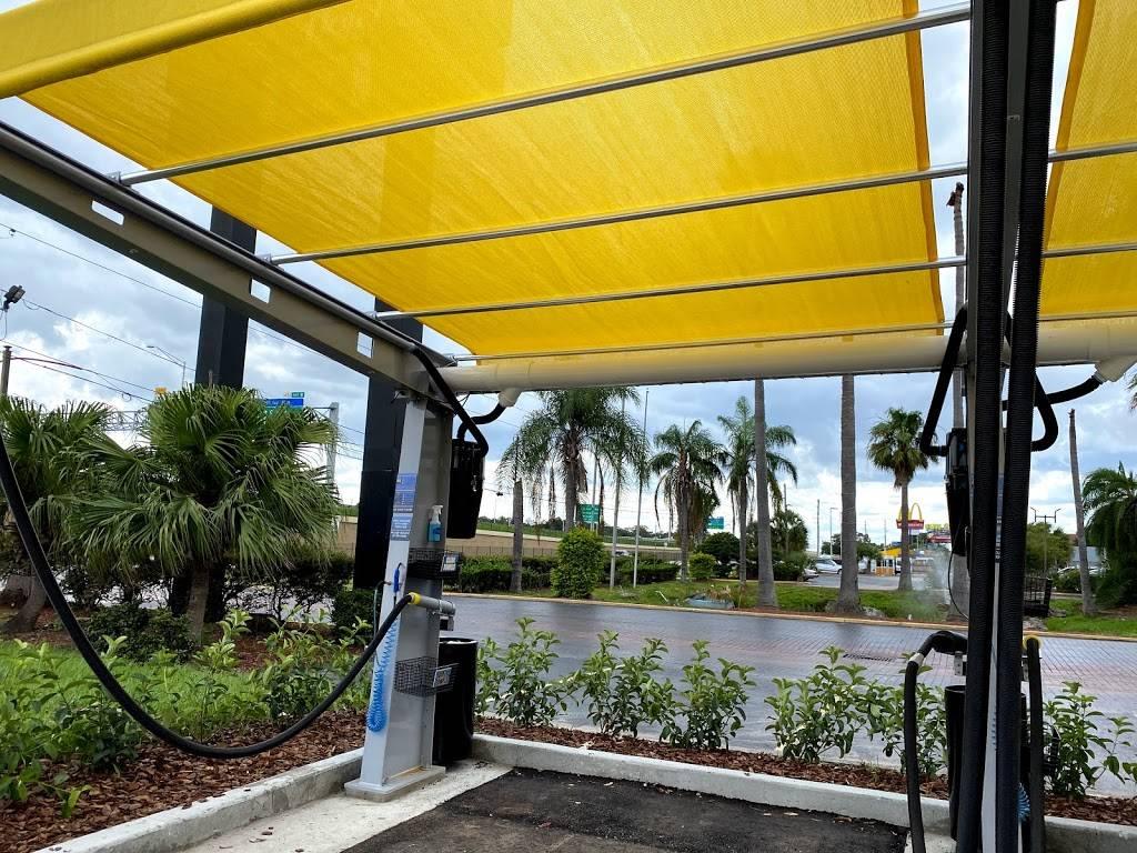 Floris Car Wash - car wash  | Photo 6 of 10 | Address: 3893 McCoy Rd, Orlando, FL 32812, USA | Phone: (407) 745-4343