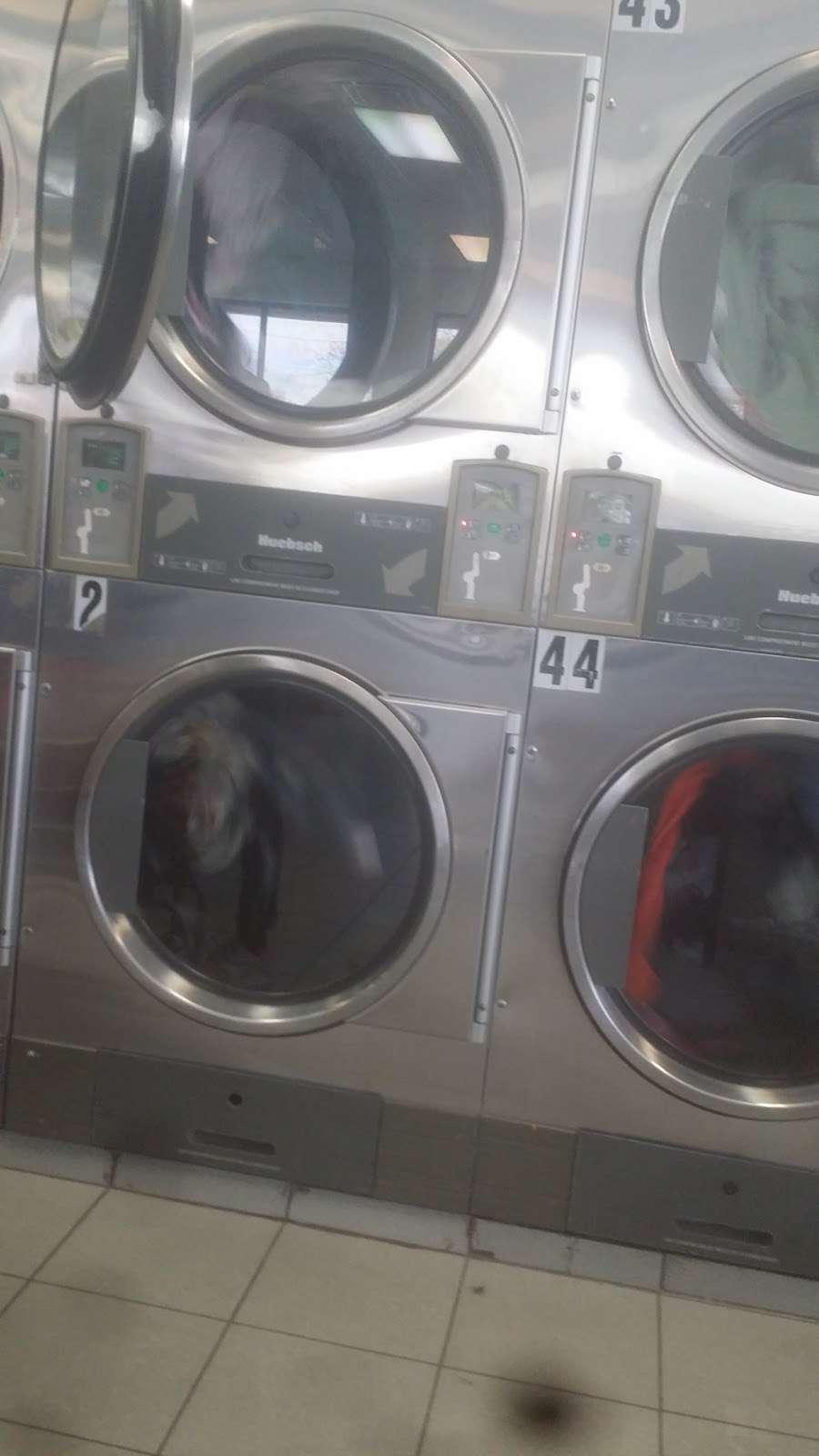 Tub&tumble Laundromat - laundry  | Photo 6 of 8 | Address: 15, 25-15 Seagirt Blvd, Far Rockaway, NY 11691, USA