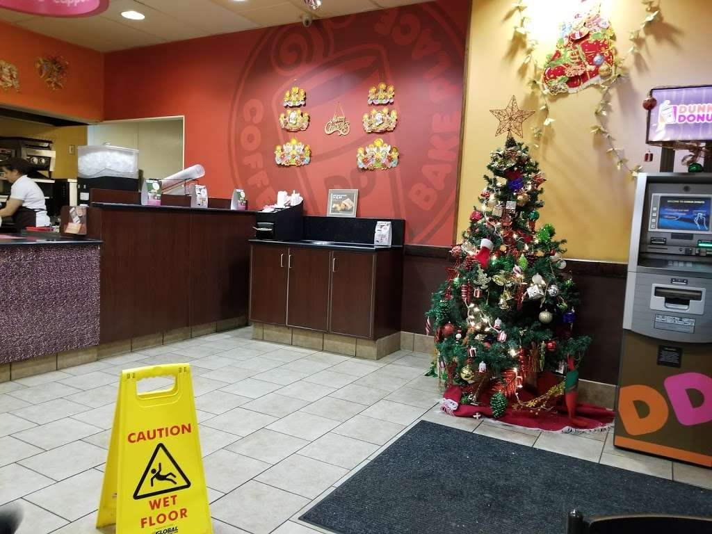 Dunkin Donuts - cafe  | Photo 8 of 10 | Address: 463 Tonnelle Ave, Jersey City, NJ 07307, USA | Phone: (201) 459-0006