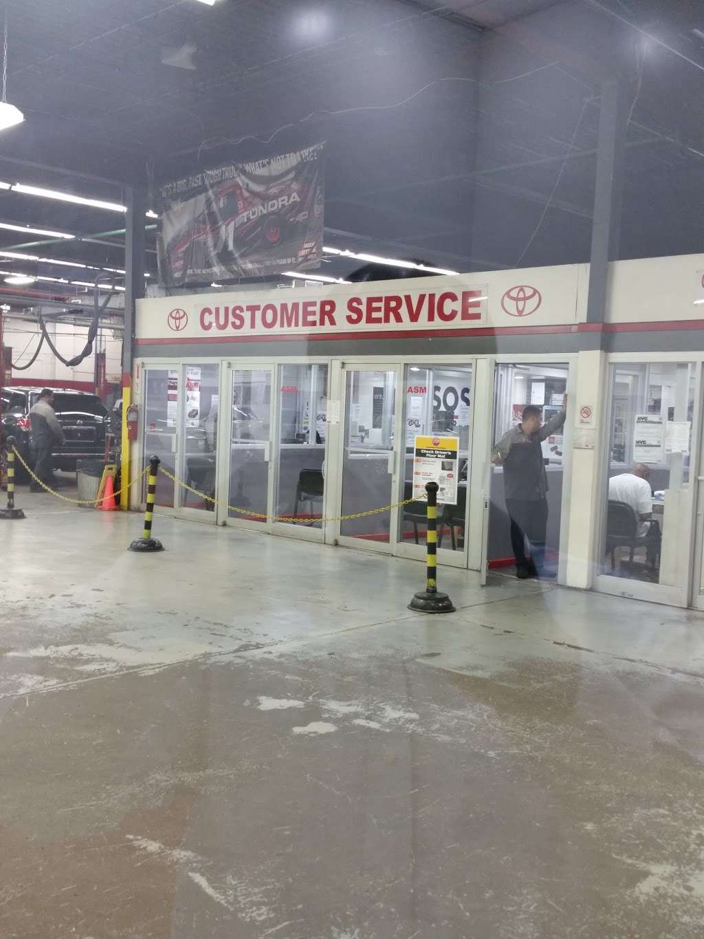 City World Toyota - Service Center - car repair  | Photo 3 of 9 | Address: 3860 Boston Rd, The Bronx, NY 10469, USA | Phone: (718) 655-1800