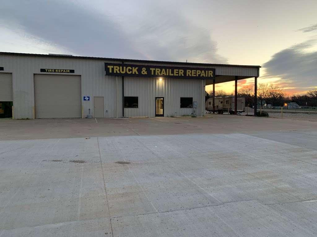 East Dallas Diesel Repair - parking  | Photo 8 of 8 | Address: 11801 C F Hawn Fwy, Dallas, TX 75253, USA | Phone: (972) 863-9000