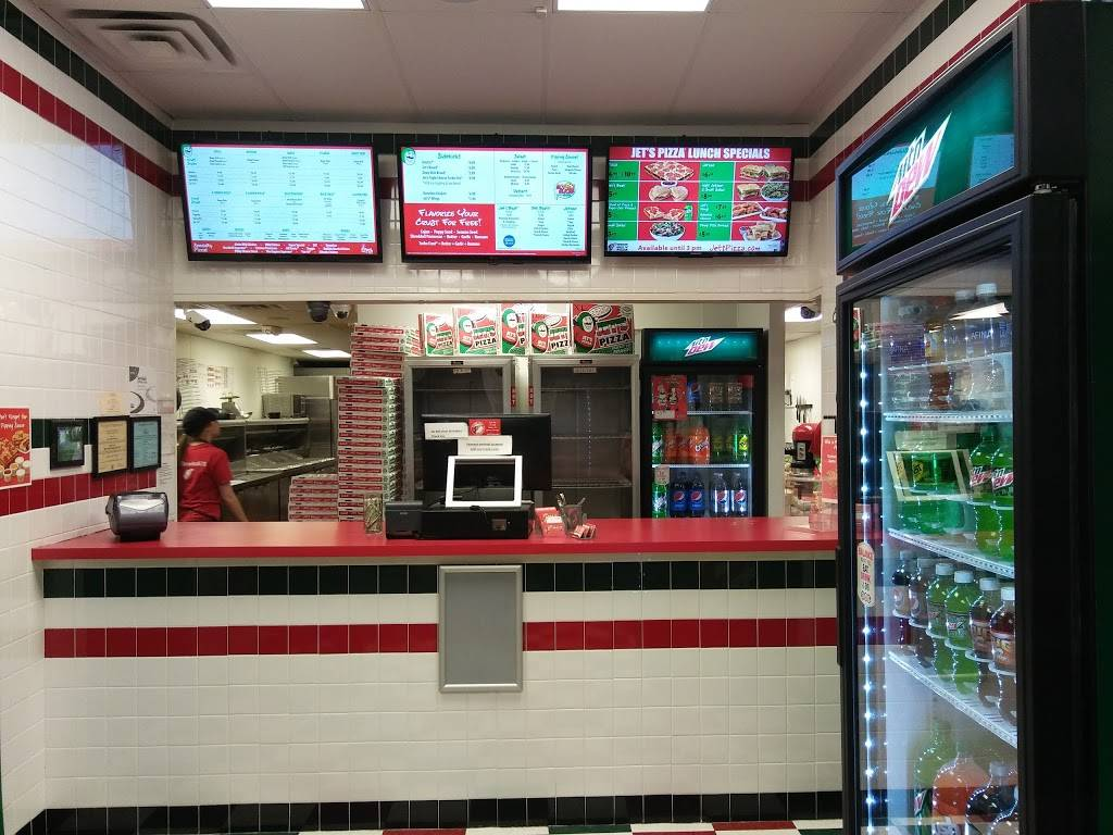 Jets Pizza - meal delivery  | Photo 2 of 10 | Address: 2001 Cross Timbers Rd #105, Flower Mound, TX 75028, USA | Phone: (972) 221-5387