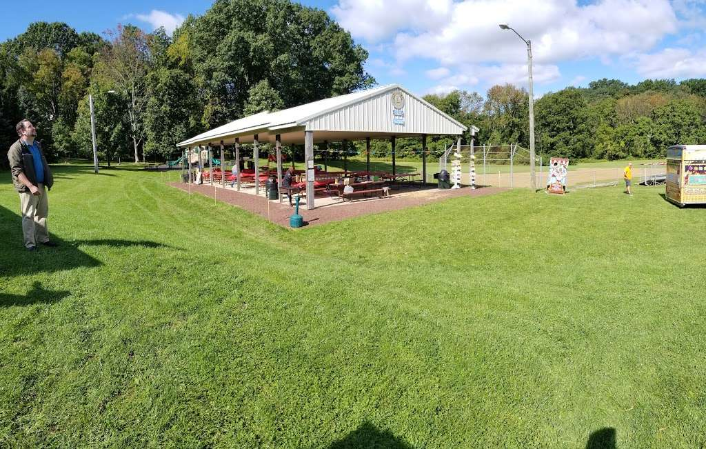 Southeastern Park - park  | Photo 1 of 10 | Address: 2675 Wassergass Rd, Hellertown, PA 18055, USA | Phone: (610) 865-3291