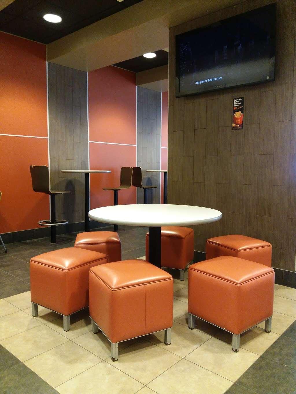 McDonalds - cafe  | Photo 4 of 10 | Address: 24104 Kuykendahl Rd, Tomball, TX 77375, USA | Phone: (281) 255-9200