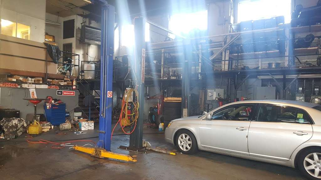 Jose Ordonez Auto Repair and Body Shop - car repair  | Photo 8 of 10 | Address: 88-43 76th Ave, Glendale, NY 11385, USA | Phone: (718) 896-0900