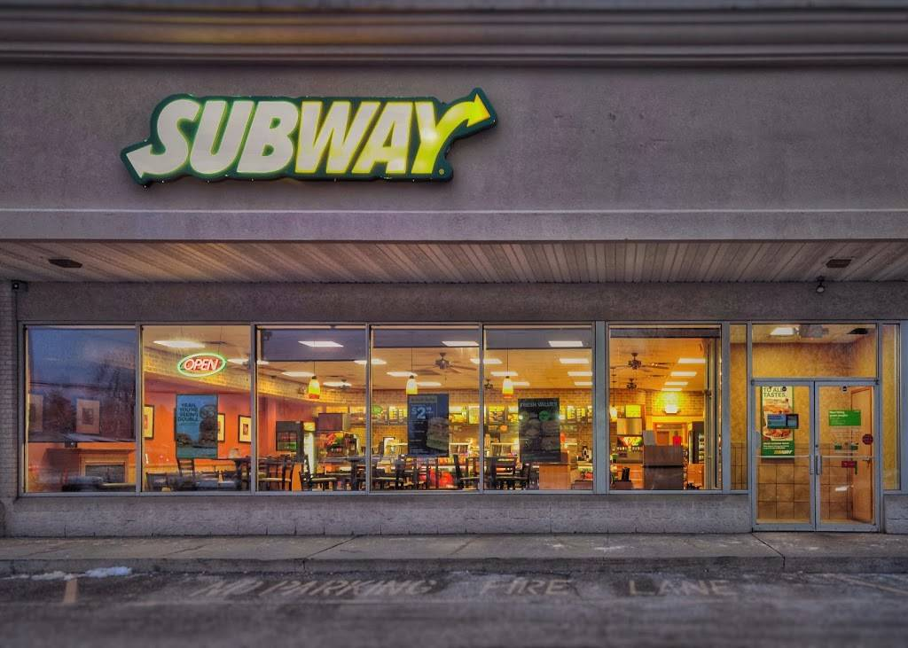 Subway - meal takeaway    Photo 1 of 4   Address: 7400 Lewis Ave Suite D-1, Temperance, MI 48182, USA   Phone: (734) 847-8782