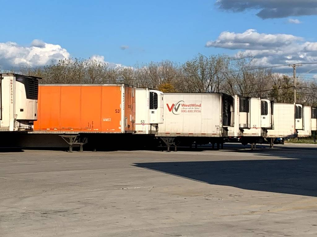 West Wind - moving company  | Photo 5 of 10 | Address: 7050 S Archer Rd, Bedford Park, IL 60455, USA | Phone: (312) 505-8249