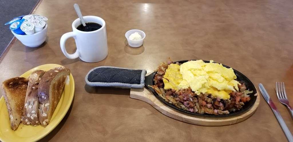 Stonegate Cafe LLC - cafe  | Photo 5 of 10 | Address: 16524 Keystone Blvd F, Parker, CO 80134, USA | Phone: (303) 841-1565