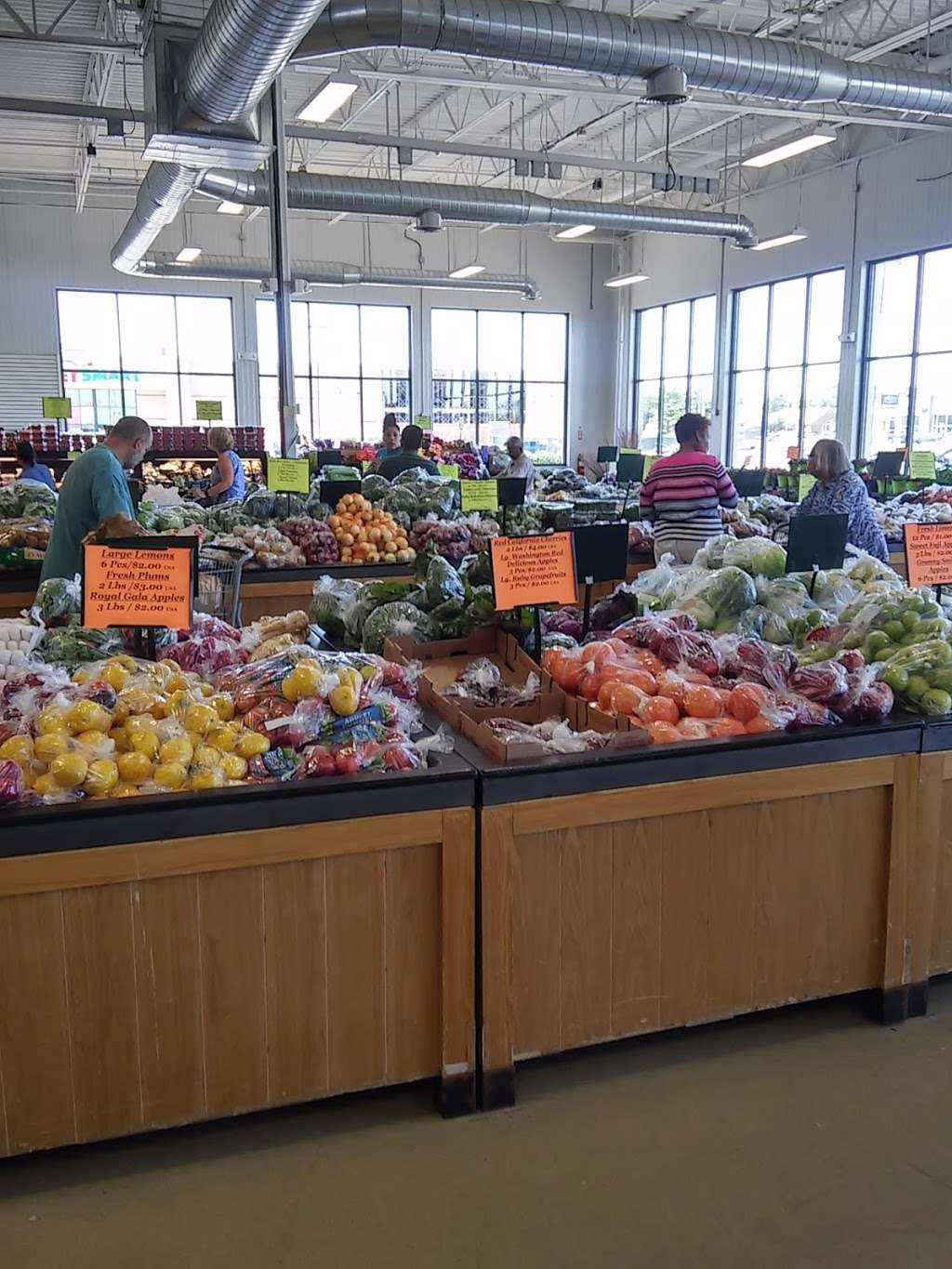 Produce Junction - store  | Photo 6 of 10 | Address: 1350 N Dupont Hwy, Dover, DE 19901, USA | Phone: (302) 674-3080