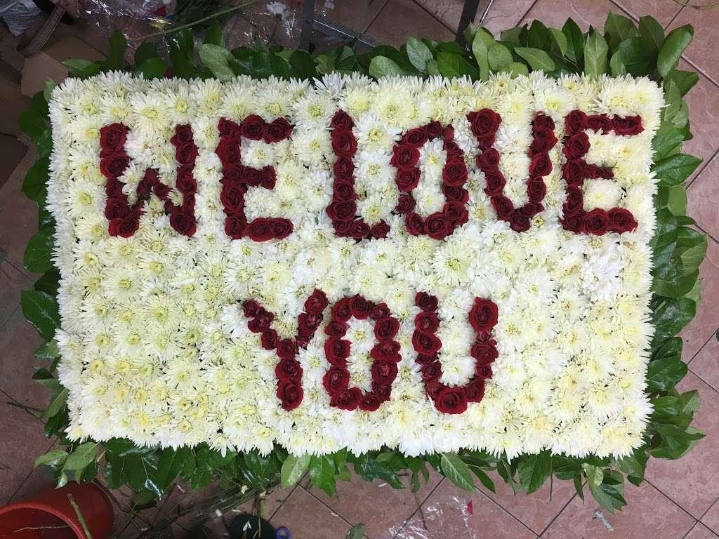 Yesenias Flowers - florist  | Photo 7 of 10 | Address: 1537 Castle Hill Ave, Bronx, NY 10462, USA | Phone: (347) 657-0022