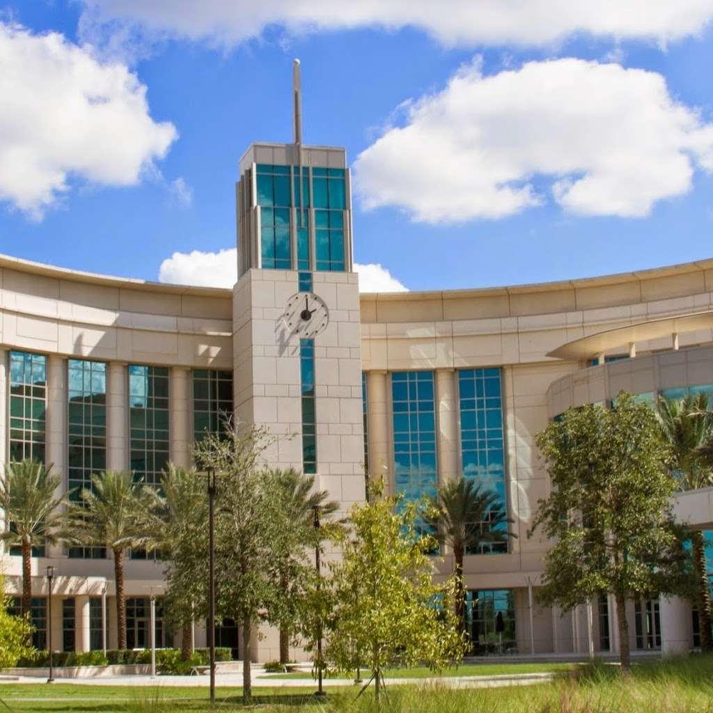 UCF College of Medicine - university  | Photo 4 of 8 | Address: 6850 Lake Nona Blvd, Orlando, FL 32827, USA | Phone: (407) 266-1000