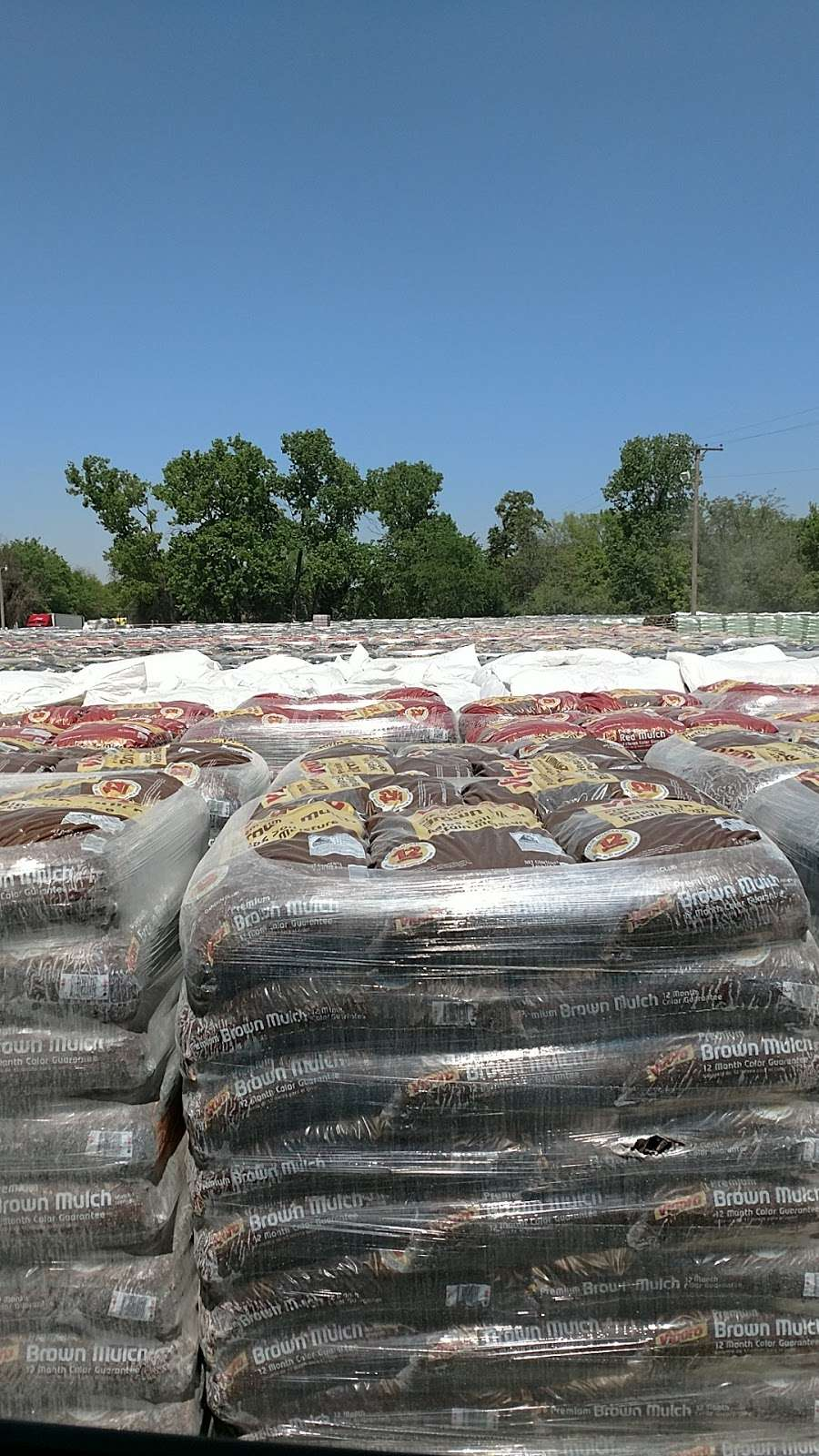 Oldcastle Lawn And Garden (Hope Agri Products-Texas Inc) - store    Photo 1 of 10   Address: 4930 River Oaks Rd, Dallas, TX 75241, USA   Phone: (214) 371-7120