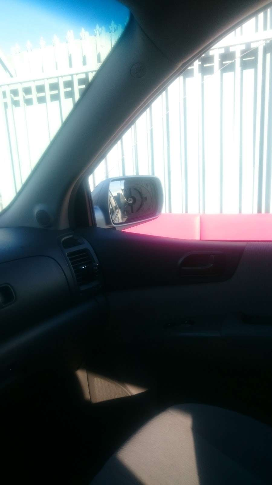 Michoacan Auto Glass - car repair  | Photo 9 of 9 | Address: 9405 Alameda St, Los Angeles, CA 90002, USA | Phone: (323) 567-1662