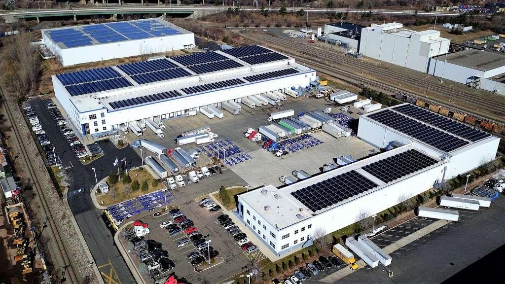 Preferred Freezer Services - storage  | Photo 5 of 10 | Address: 100 Polar Way, Jersey City, NJ 07305, USA | Phone: (201) 915-3800