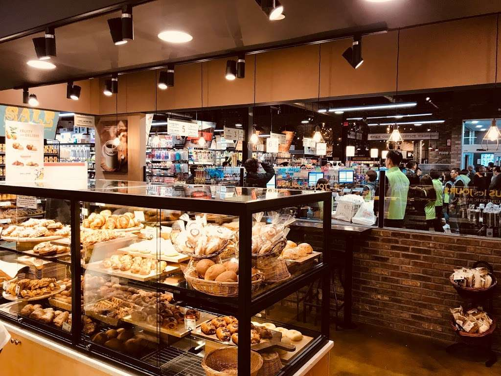 Tous les Jours - bakery    Photo 5 of 10   Address: 60 NJ-17, Paramus, NJ 07652, USA