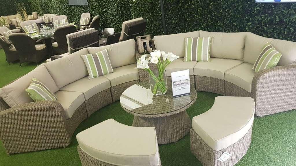 Moda Outdoor Furniture - furniture store    Photo 7 of 10   Address: 22-28 Godstone Rd, Caterham CR3 6RA, UK   Phone: 01883 708635