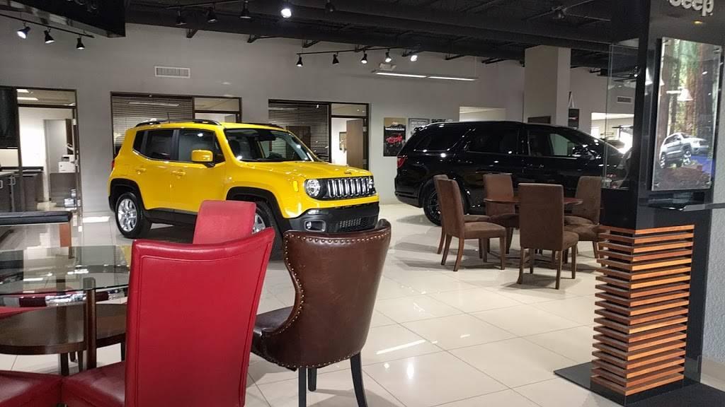 Dayton Andrews Dodge Chrysler Jeep Ram - car dealer  | Photo 4 of 10 | Address: 2301 34th St N, St. Petersburg, FL 33713, USA | Phone: (727) 321-0500