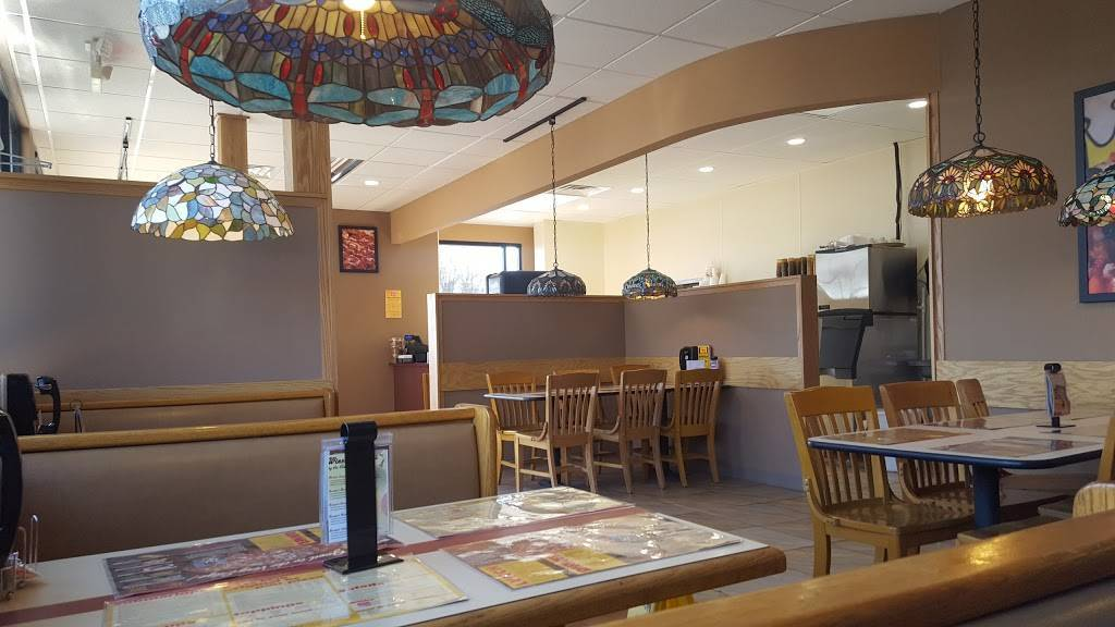 Pizza King - meal delivery    Photo 1 of 10   Address: 7203 Maplecrest Rd, Fort Wayne, IN 46835, USA   Phone: (260) 739-7624
