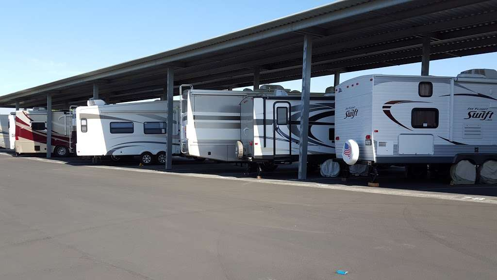 Menifee Ranch Self Storage & RV - moving company  | Photo 9 of 10 | Address: 30125 US Highway 74, Homeland, CA 92548, USA | Phone: (951) 900-3951