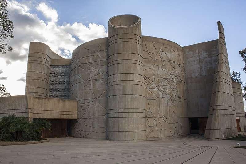 House of the Book - university  | Photo 5 of 10 | Address: Peppertree Ln, Brandeis, CA 93064, USA | Phone: (805) 582-4450