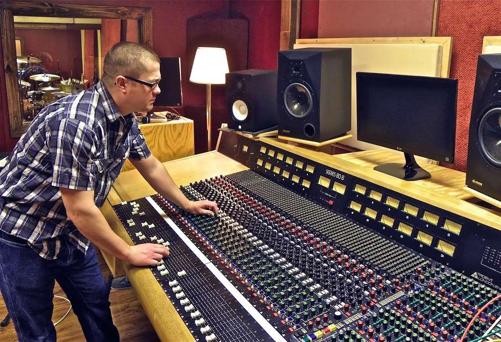 Silver Star Recording Studio - electronics store  | Photo 6 of 9 | Address: 3402 S Main St, Salisbury, NC 28147, USA | Phone: (704) 565-9155