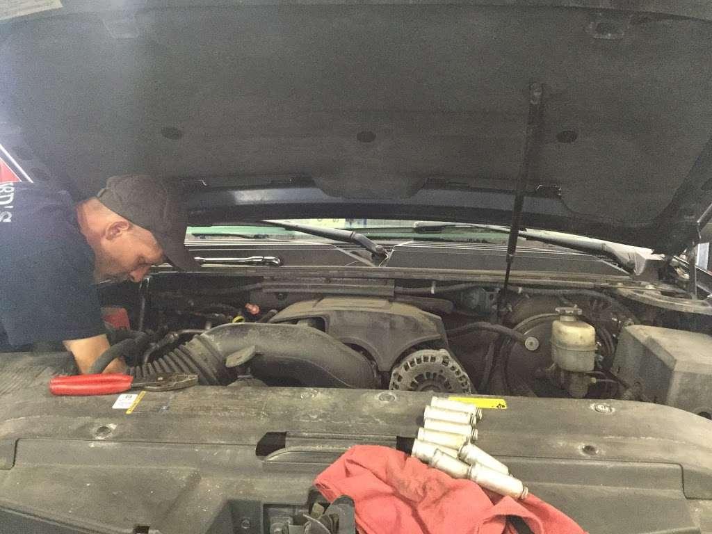 Willards Service Center - car repair    Photo 4 of 5   Address: 4311 Main St, Grasonville, MD 21638, USA   Phone: (410) 827-7222