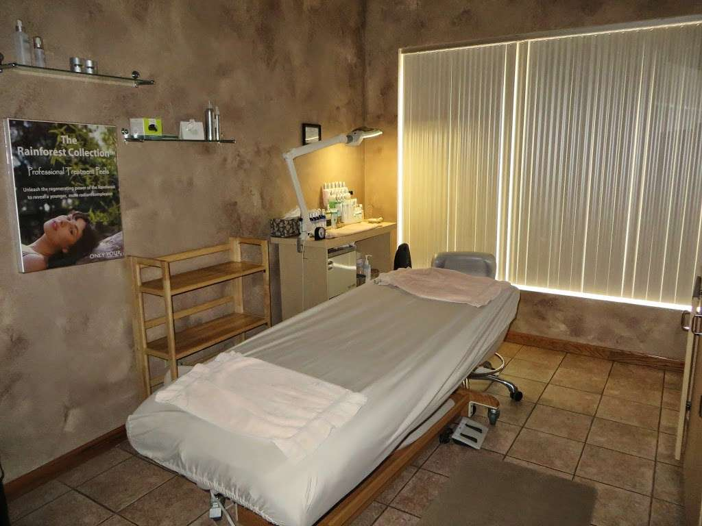Alison Andrews Day Spa - hair care    Photo 4 of 10   Address: 15613 71st Ct, Orland Park, IL 60462, USA   Phone: (708) 429-2929