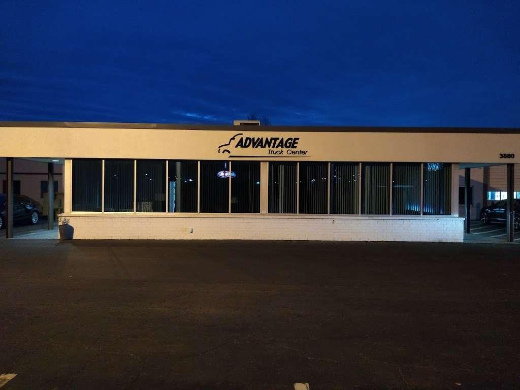 Advantage Truck Center - car repair  | Photo 7 of 10 | Address: 3880 Jeff Adams Dr, Charlotte, NC 28206, USA | Phone: (704) 597-0551
