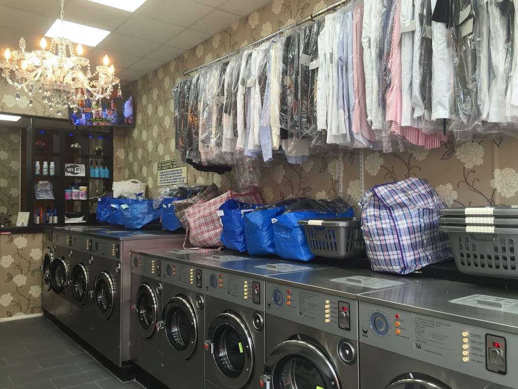 King Dry Cleaning & Laundrette - laundry  | Photo 2 of 10 | Address: 35 Church Rd, London NW4 4EB, UK | Phone: 020 8201 5050