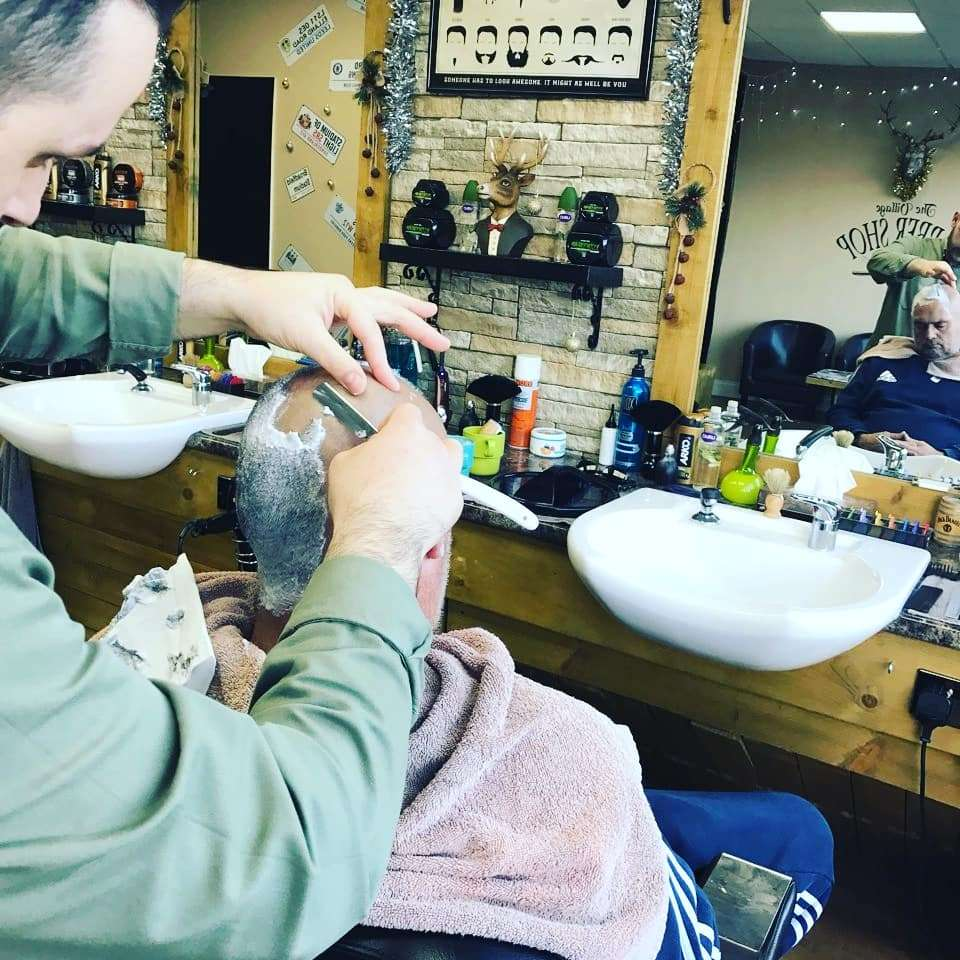 THE VILLAGE BARBERS 82 - hair care  | Photo 7 of 10 | Address: 82 Limpsfield Rd, Warlingham CR6 9RA, UK | Phone: 01883 624274