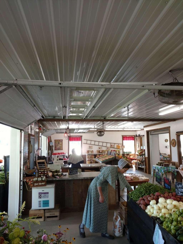 Hess Orchards - store  | Photo 1 of 10 | Address: 3793, 3979 Wayne Rd, Chambersburg, PA 17202, USA | Phone: (717) 264-8872