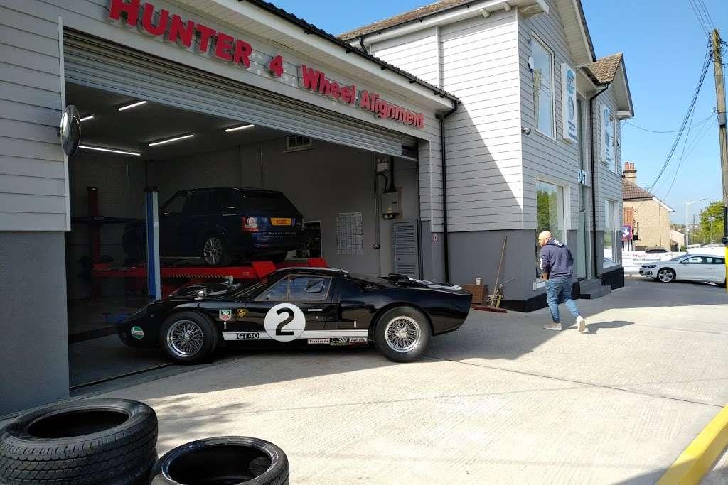 DGT Wheels & Tyres - car repair    Photo 3 of 10   Address: Wash Rd, Basildon SS15 4BT, UK   Phone: 01268 416201