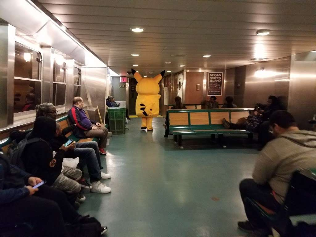 Continental Terminals - storage  | Photo 8 of 10 | Address: 111 Port Jersey Blvd, Jersey City, NJ 07305, USA | Phone: (201) 200-9820