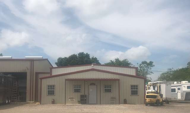 Get-U-Goin RV Service, LLC - storage  | Photo 1 of 10 | Address: 38552 FM 1458, Brookshire, TX 77423, USA | Phone: (832) 309-6539