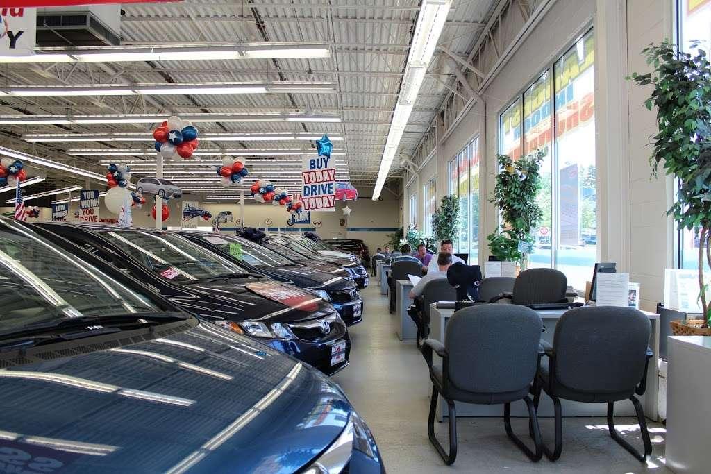 Huntington Honda West - car repair  | Photo 8 of 10 | Address: 147 E Jericho Turnpike, Huntington Station, NY 11746, USA | Phone: (631) 930-3030