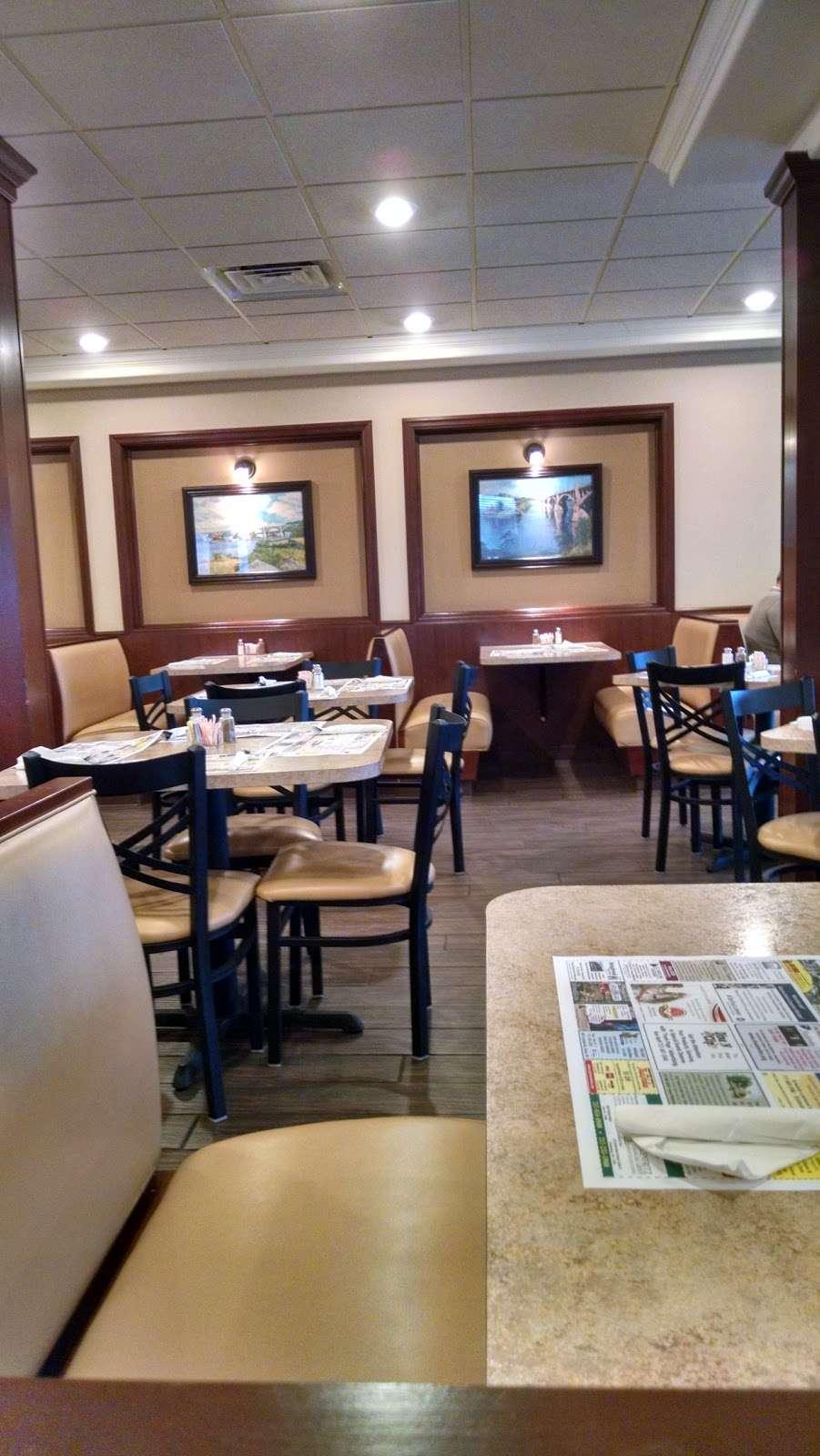 Rivertowne Restaurant & Bar - restaurant  | Photo 10 of 10 | Address: 960 Hellam St, Wrightsville, PA 17368, USA | Phone: (717) 252-3184