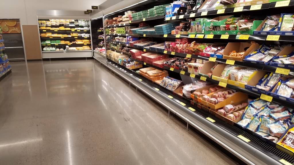 ALDI - supermarket  | Photo 5 of 9 | Address: 10216 Lexington Ave NE, Circle Pines, MN 55014, USA | Phone: (855) 955-2534